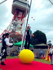 第4回八幡山公園祭り 宇都宮タワーのふもとでの大道芸イベント ハッピーメリーサーカス