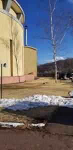 2020年2月8日の長野県南佐久郡南牧村の様子、雪がほとんどない。