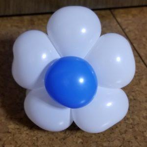 バルーンアート花のブレスレット