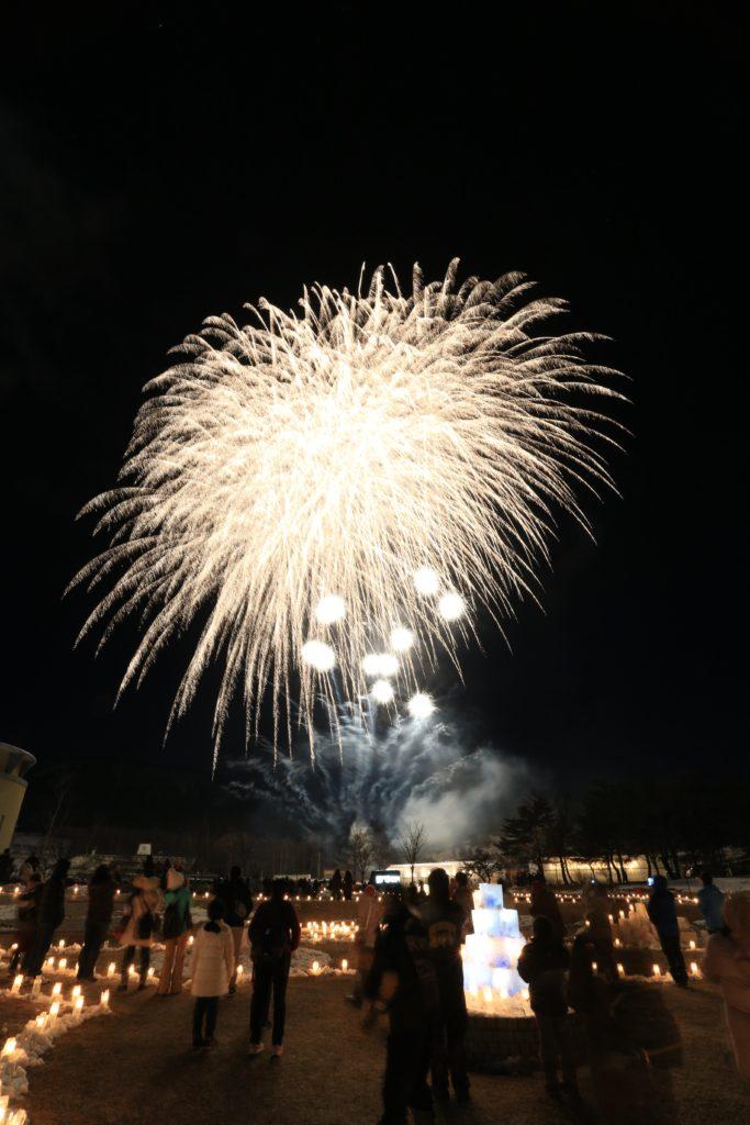 野辺山高原アイスキャンドルフェスティバル2020の花火大会